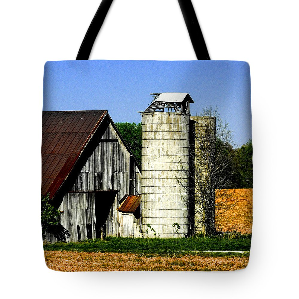 Barns Tote Bag featuring the photograph Barn Out Back by Kristie Bonnewell