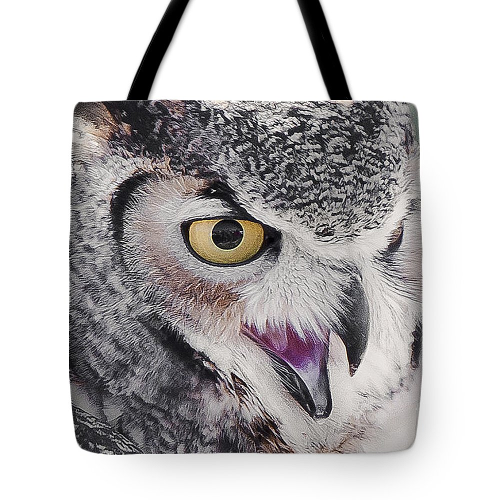 Bird Tote Bag featuring the photograph Bird 4 by Larry White