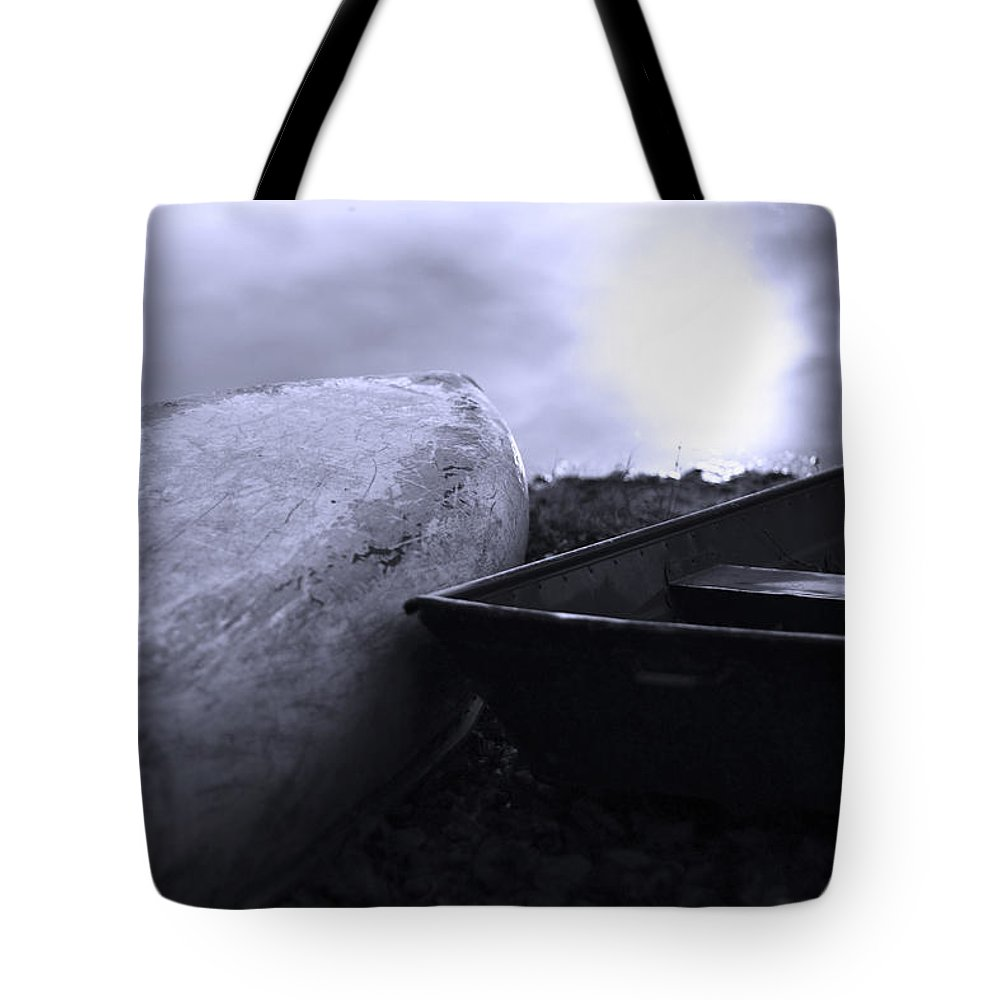 Boat Tote Bag featuring the photograph Boats By The Pond by Gray Artus