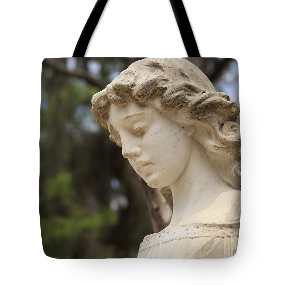 Savannah Ga Tote Bag featuring the photograph Bonaventure Angel 1 by Carol Ann Thomas