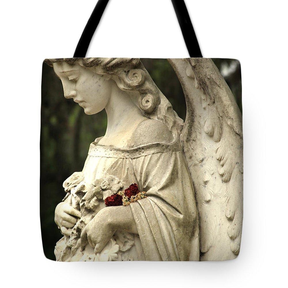 Savannah Ga Tote Bag featuring the photograph Bonaventure Angel 12 by Carol Ann Thomas