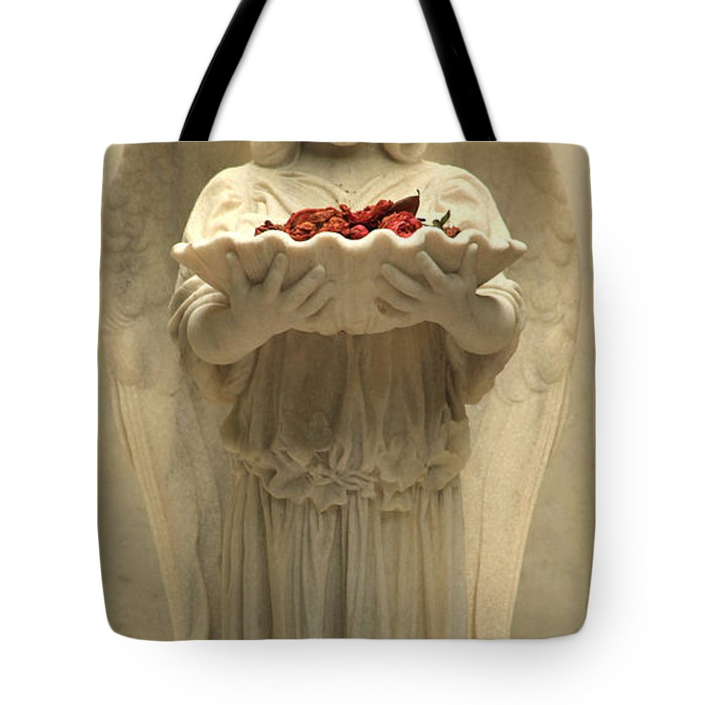 Savannah Ga Tote Bag featuring the photograph Bonaventure Angel 9 by Carol Ann Thomas