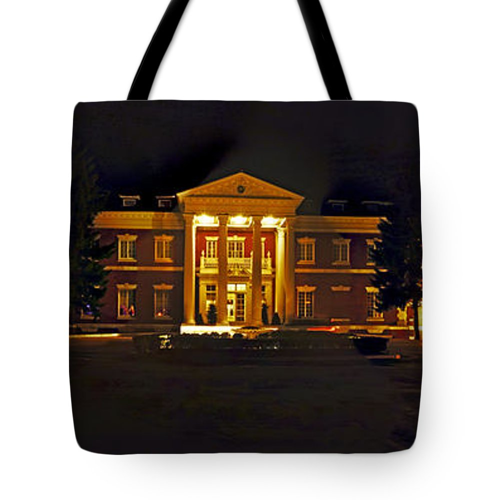 Panoramic Tote Bag featuring the photograph Bourne Identity by S Paul Sahm