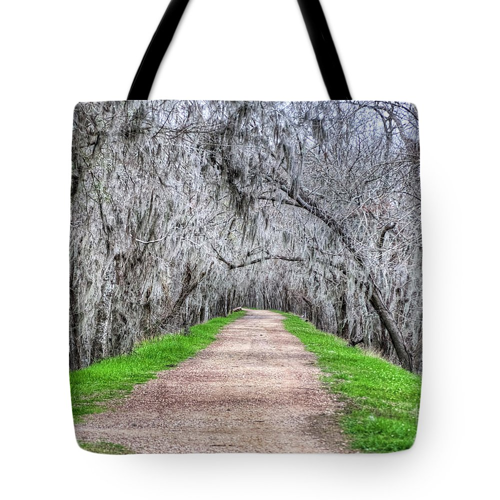 Road; Roads; Arc; Path; Rail; Trails; Moss Tote Bag featuring the photograph Brazos Bend Pass by Diego Re
