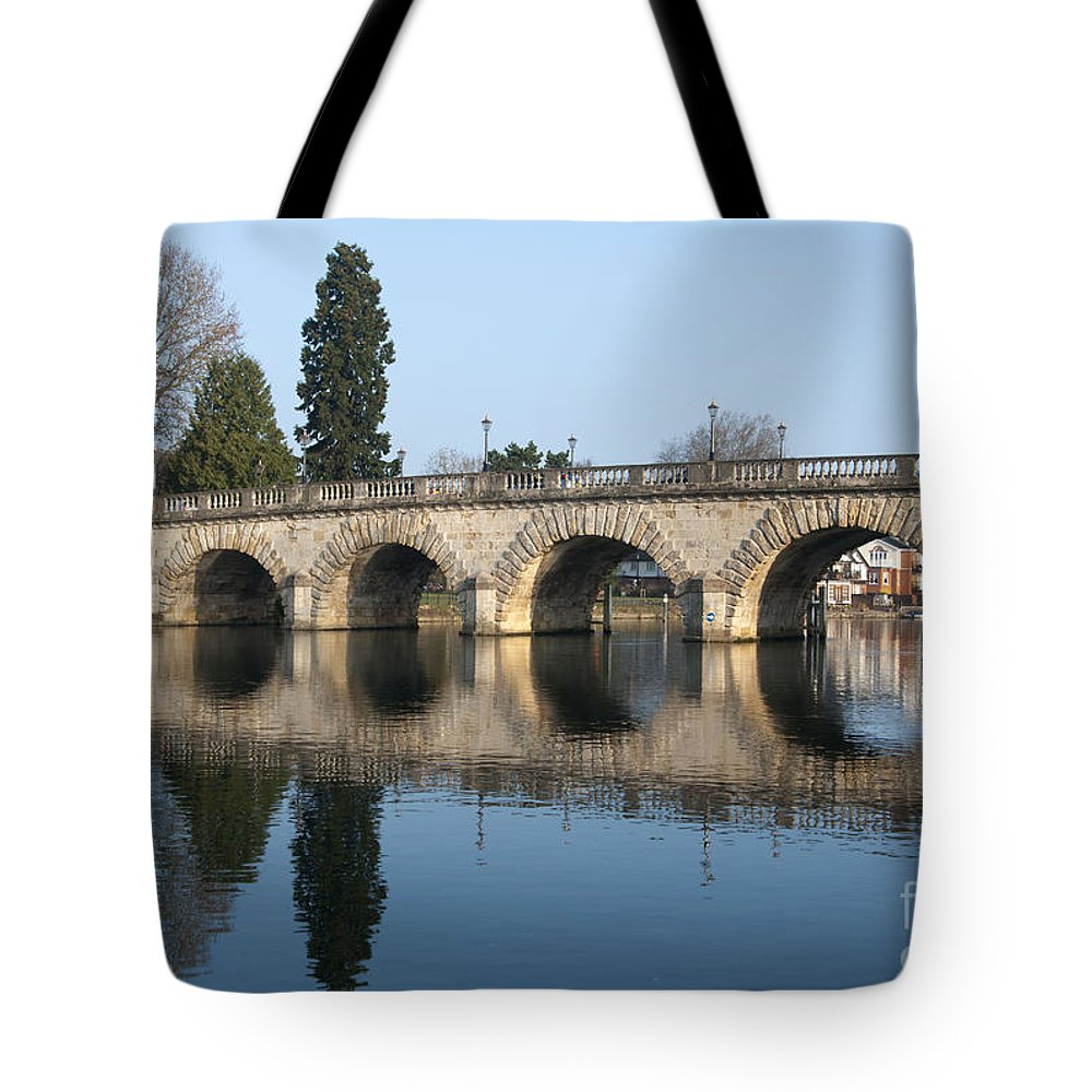 2011 Tote Bag featuring the photograph Bridge Over The River Thames by Andrew Michael