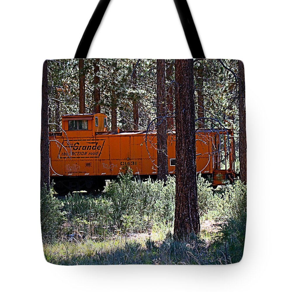 Caboose Tote Bag featuring the photograph Cabin Car 2 by Nick Kloepping