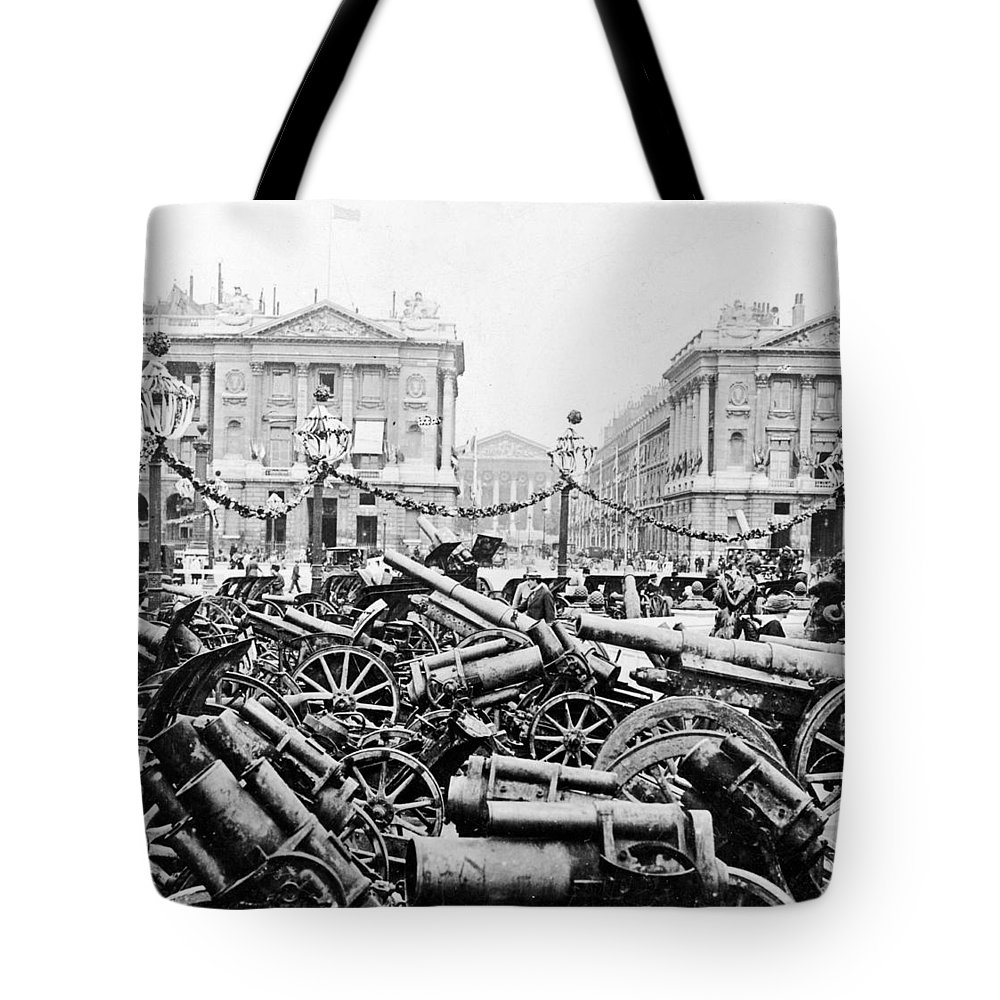 German Tote Bag featuring the photograph Captured German Guns At Palace De La Concorde In Paris - France by International Images