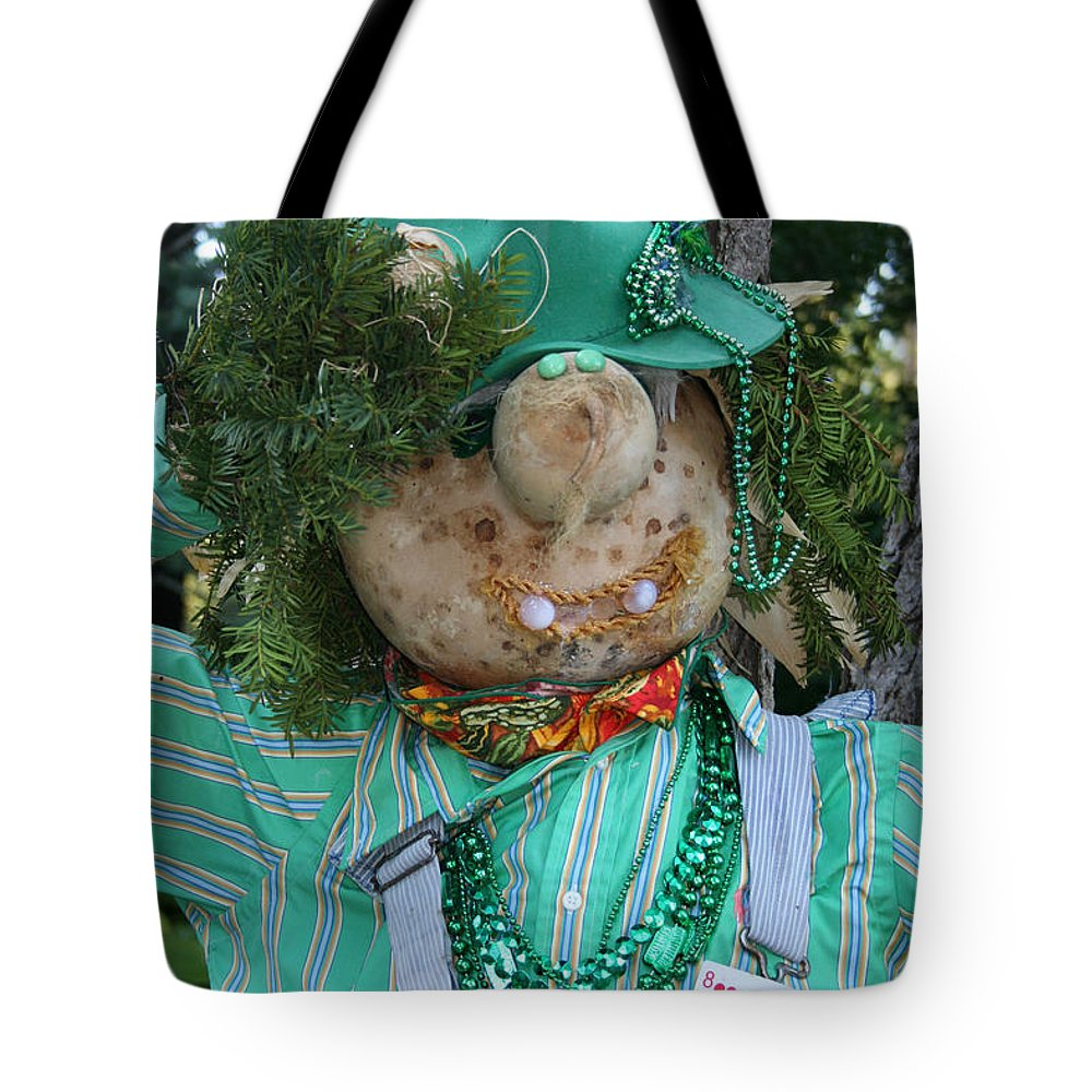 Fall Tote Bag featuring the photograph Casino Bound by Susan Herber