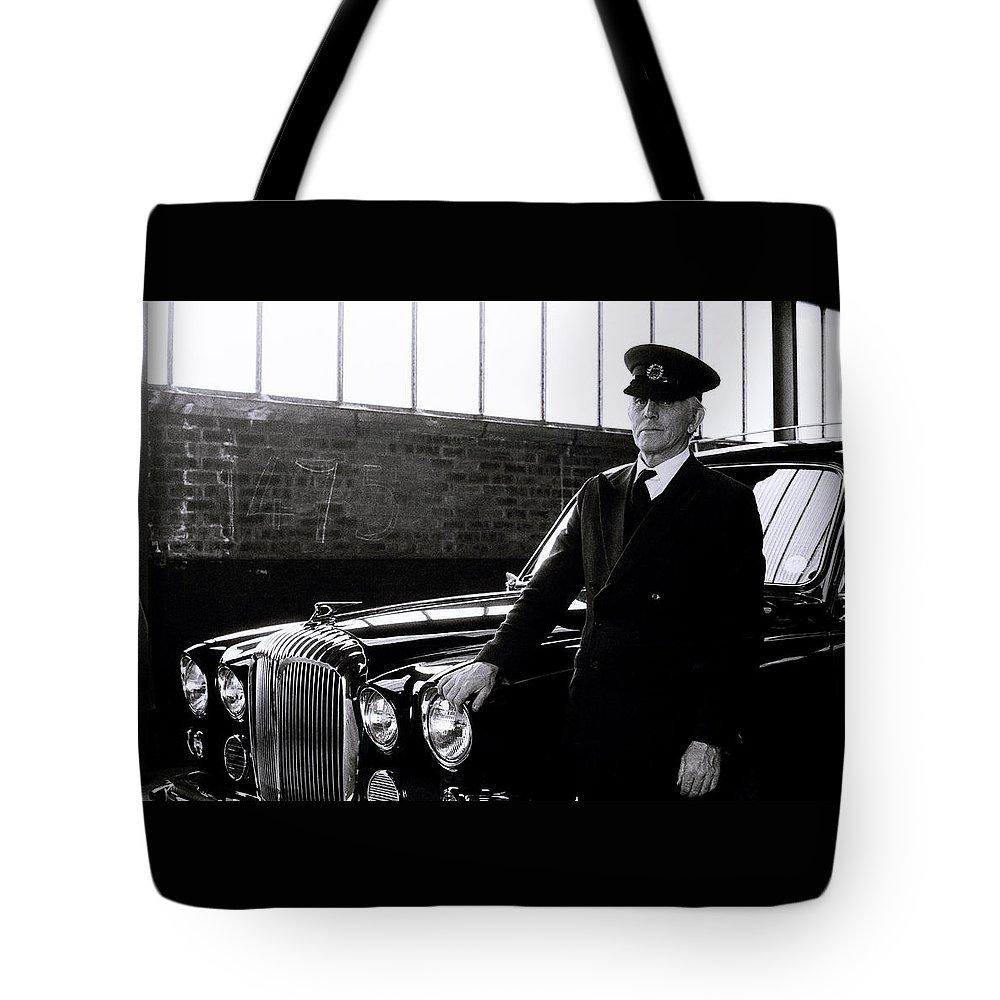 Car Tote Bag featuring the photograph The Chauffeur by Shaun Higson