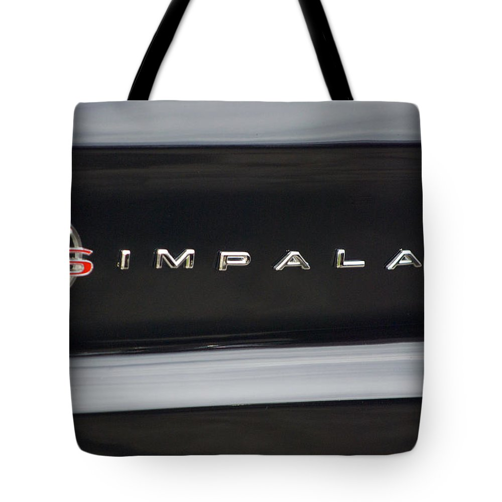Transportation Tote Bag featuring the photograph Chevy Impala Ss Emblem by Thomas Woolworth