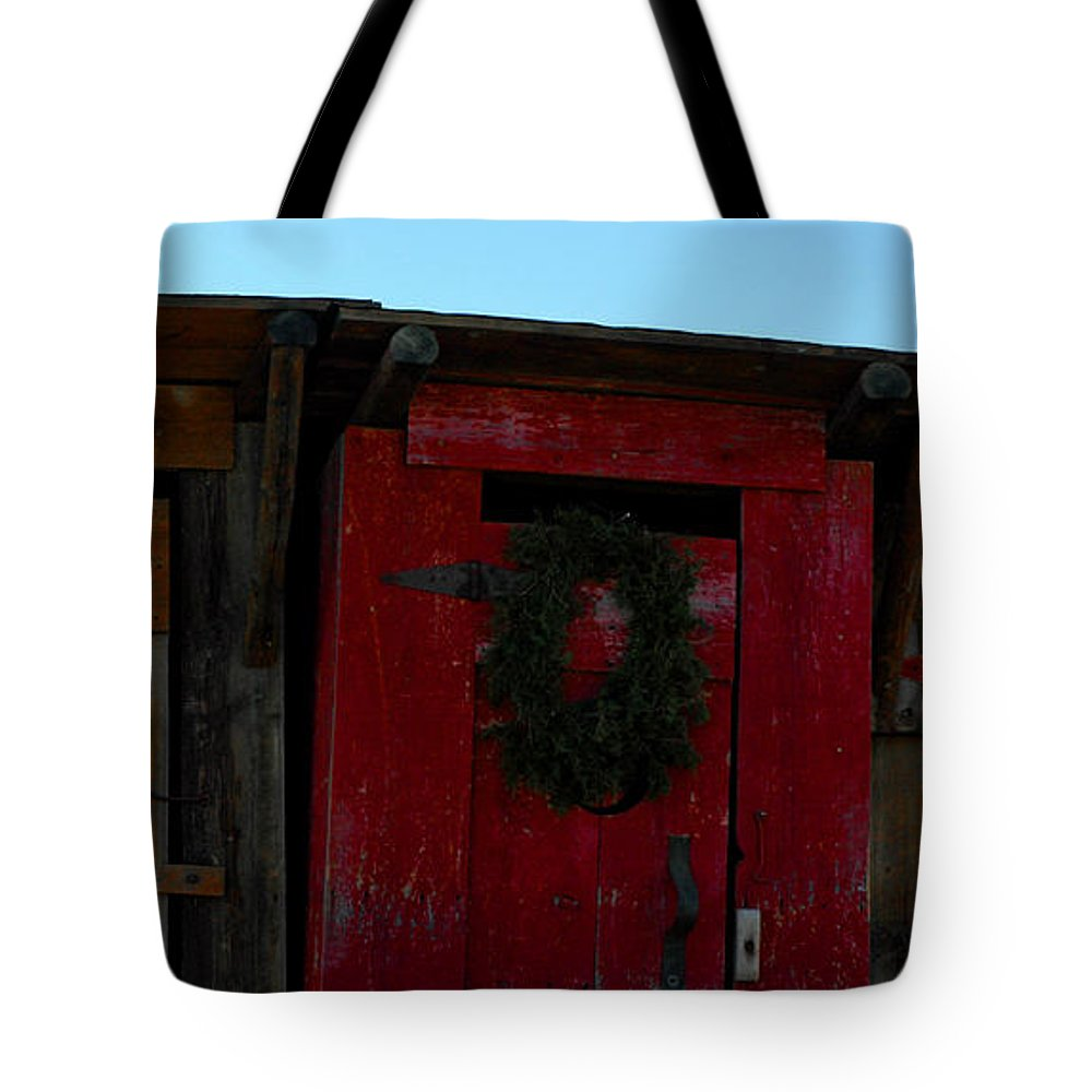 Usa Tote Bag featuring the photograph Christmas Out Houses For Sale by LeeAnn McLaneGoetz McLaneGoetzStudioLLCcom
