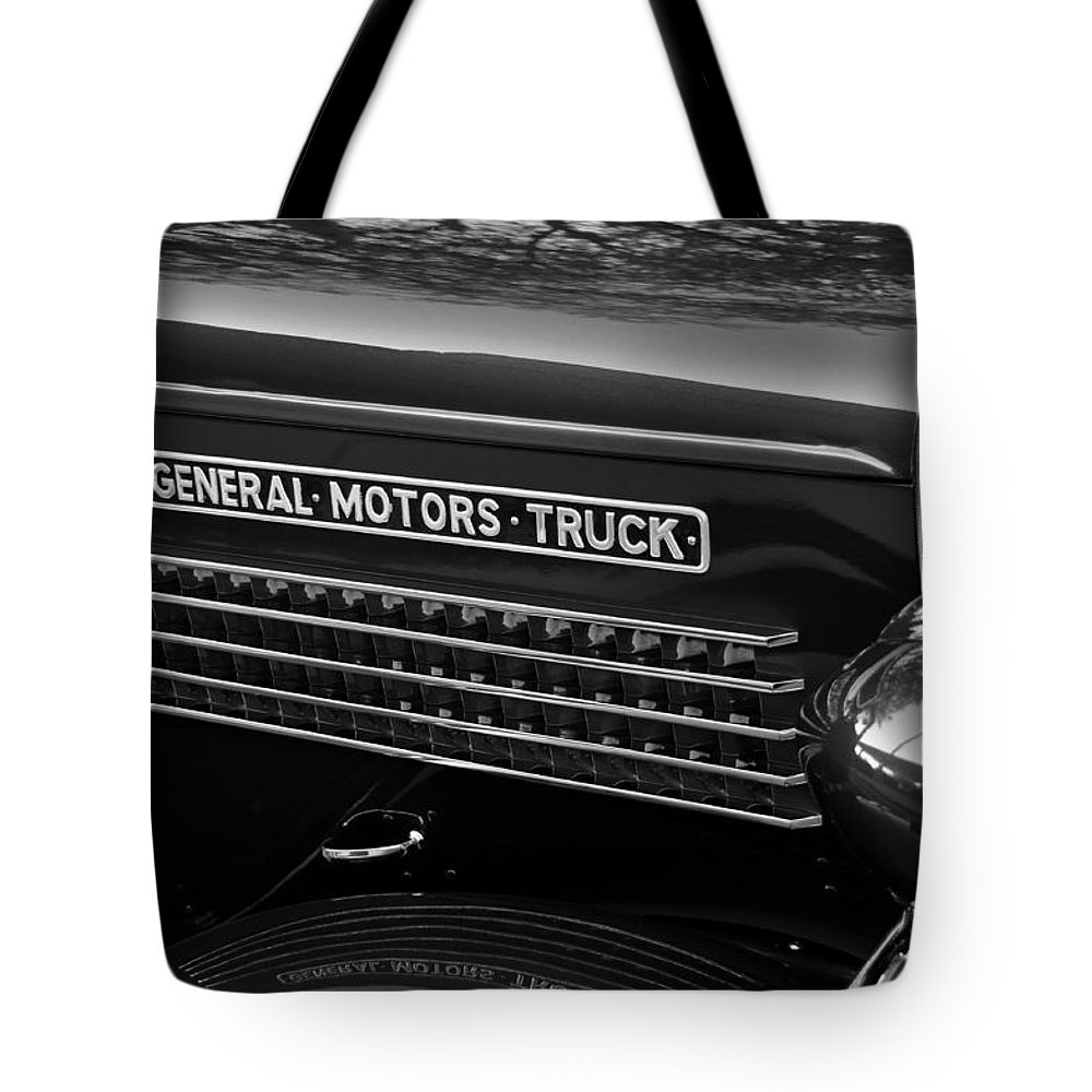 Fine Art Photography Tote Bag featuring the photograph Classic Gmc by David Lee Thompson