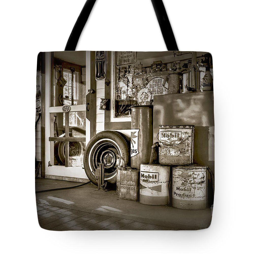 Vintage Gas Stations Tote Bag featuring the photograph Country Dream'n In Maine by Brenda Giasson