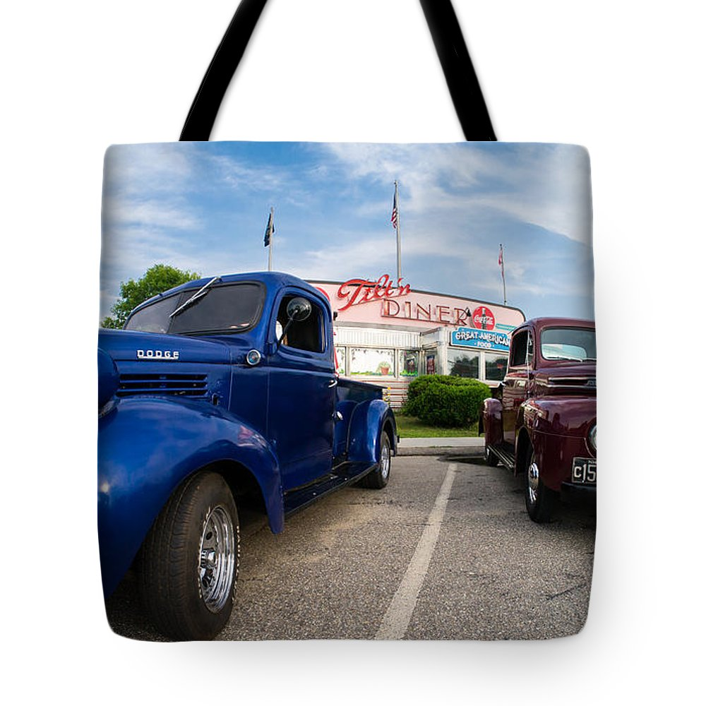 Car Tote Bag featuring the photograph Cruise Night At The Diner by Edward Fielding