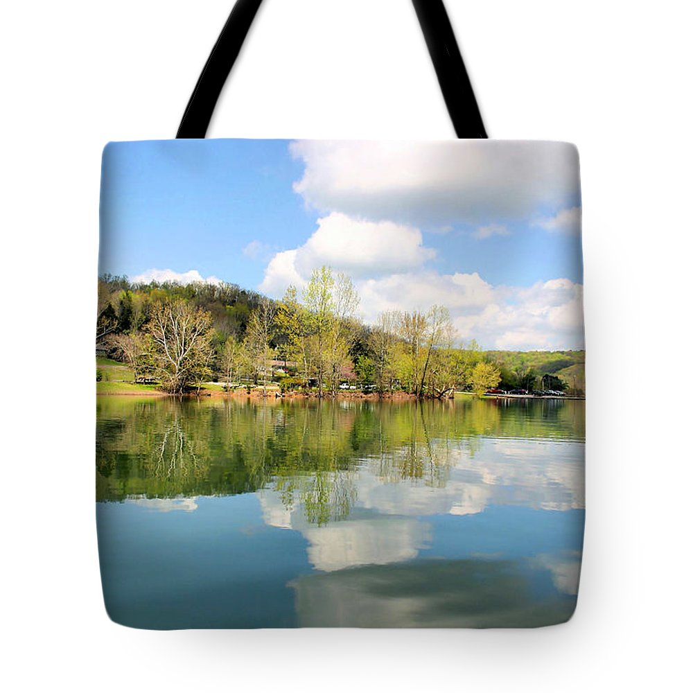 Dale Hollow Tote Bag featuring the photograph Dale Hollow Tennessee by Kristin Elmquist