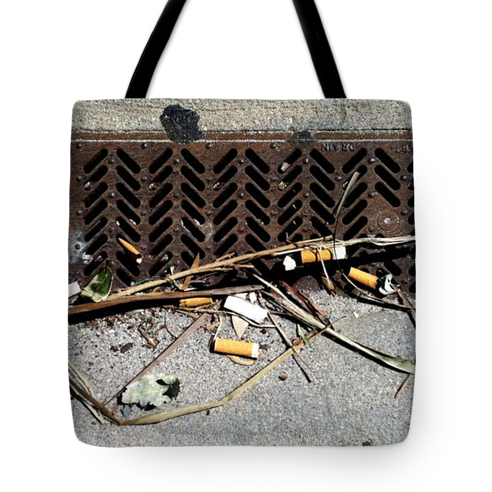 Marlene Burns Tote Bag featuring the photograph Db 2 by Marlene Burns