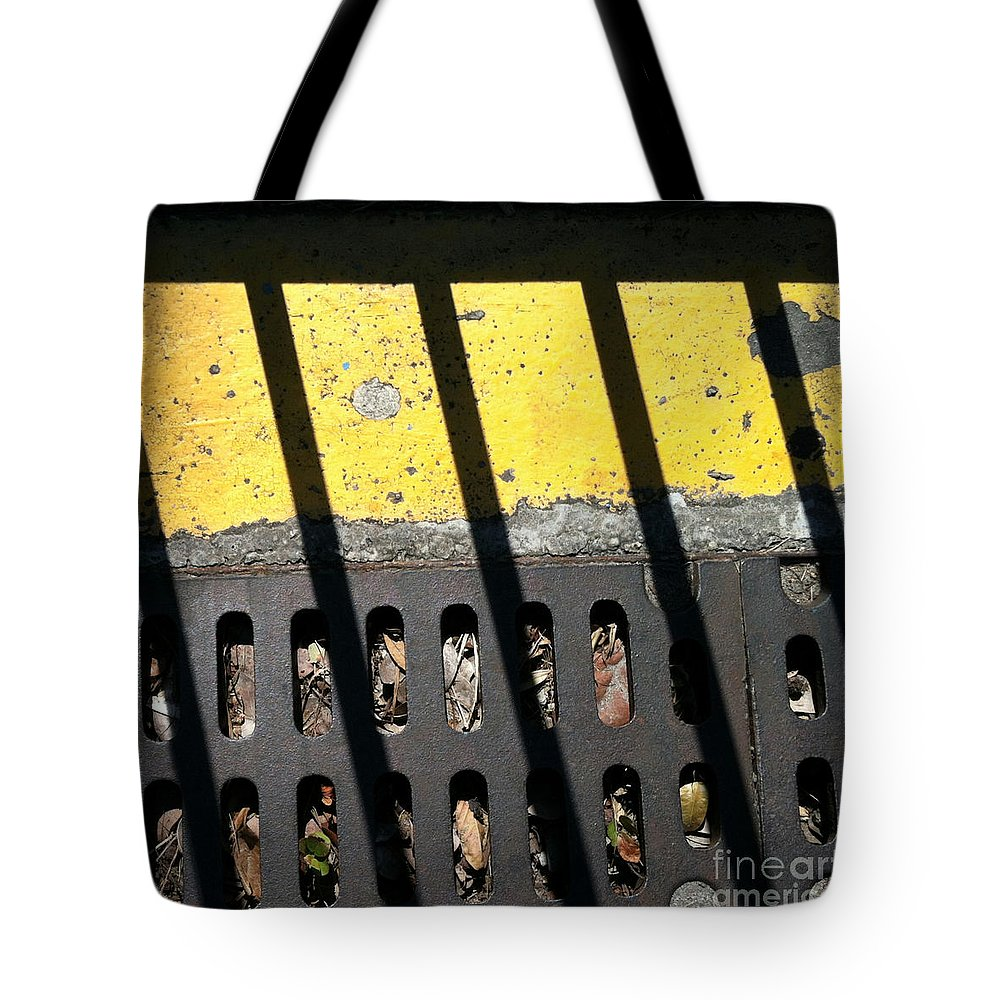 Marlene Burns Tote Bag featuring the photograph Db 7 by Marlene Burns