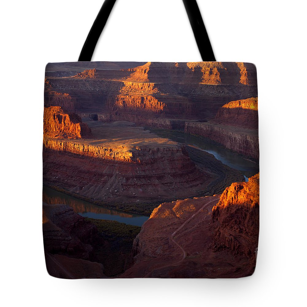 Deadhorse Point Tote Bag featuring the photograph Deadhorse Reflections by Mike Dawson