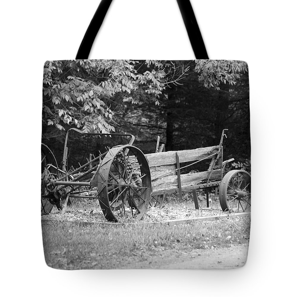 Decay Tote Bag featuring the photograph Decaying Wagon Black And White by Thomas Woolworth