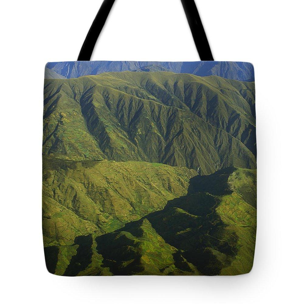 Cordillera Vilcabamba Tote Bag featuring the photograph Deep Canyons Drain To Rio Apurimac by Gordon Wiltsie