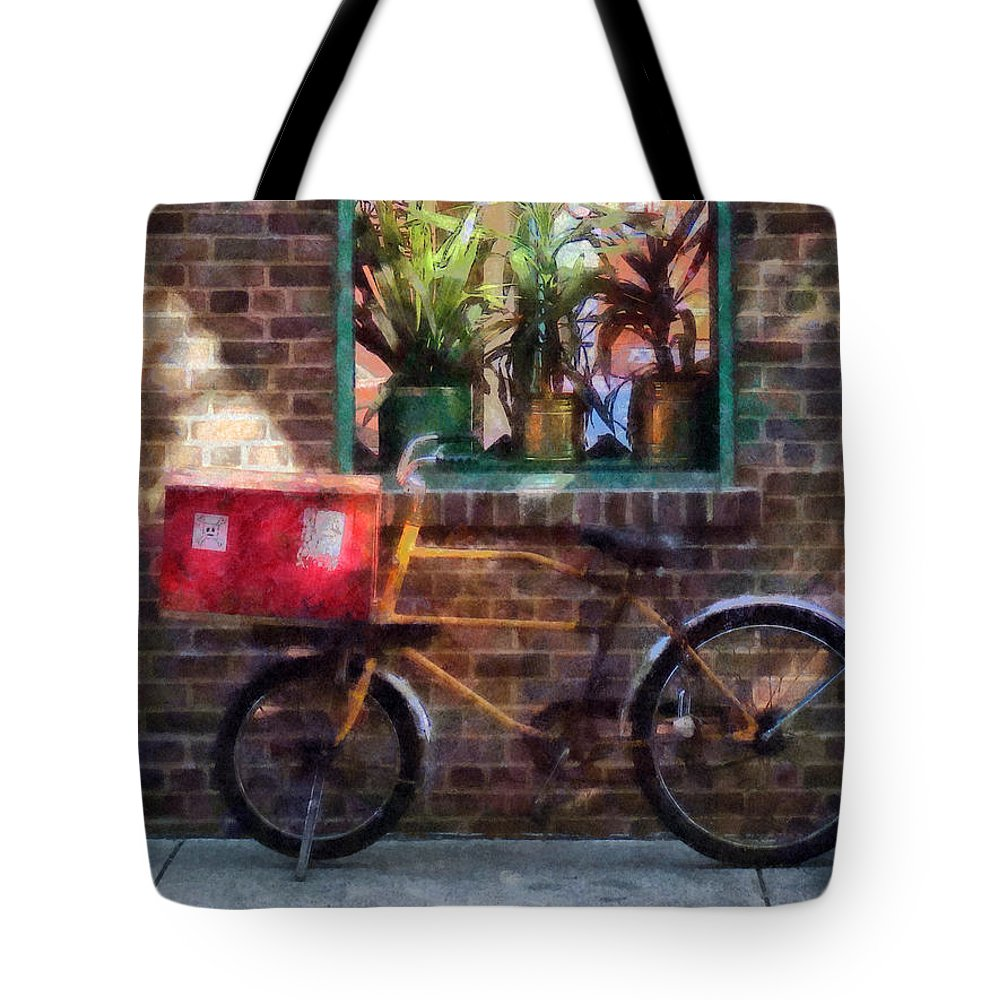 Bicycle Tote Bag featuring the photograph Delivery Bicycle Greenwich Village by Susan Savad