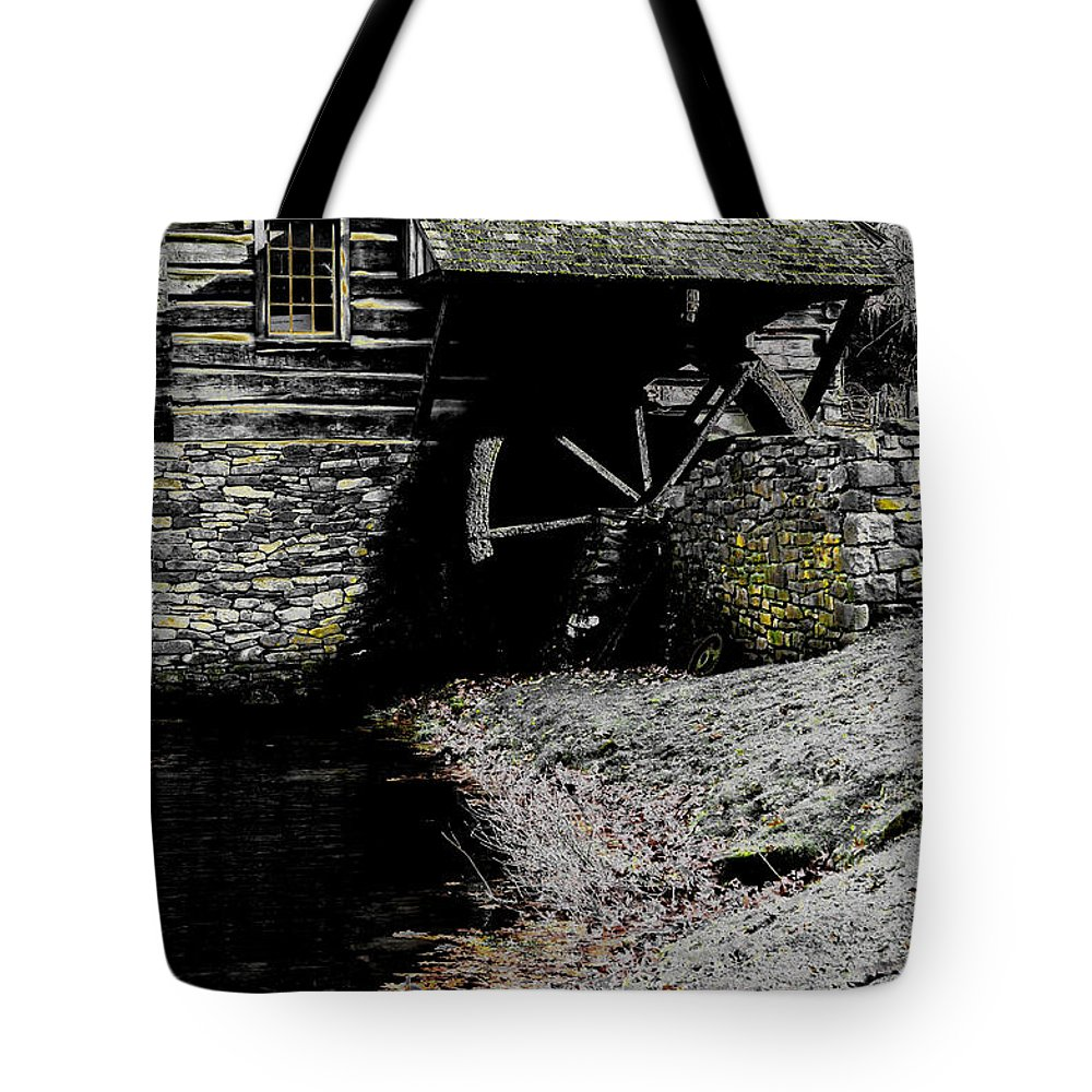 Evening Tote Bag featuring the photograph Devoid by Cindy Roesinger