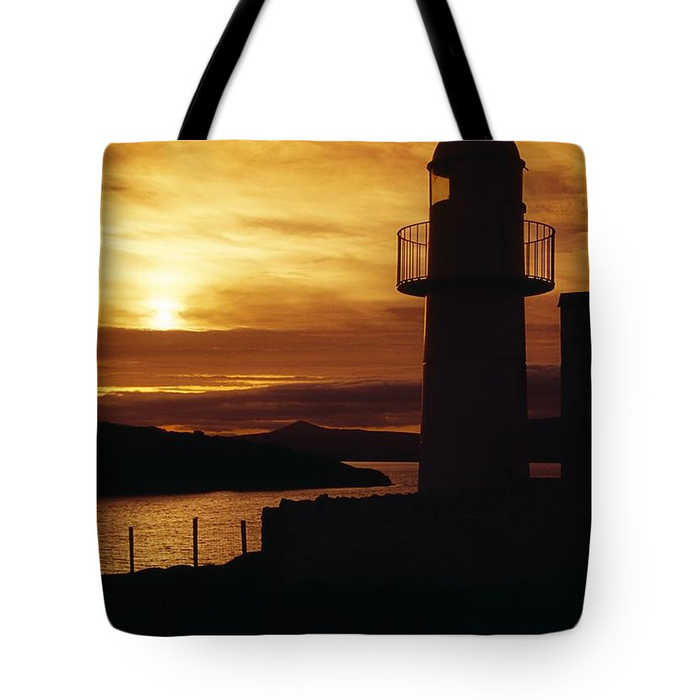 County Kerry Tote Bag featuring the photograph Dingle Lighthouse, Dingle Peninsula by Richard Cummins