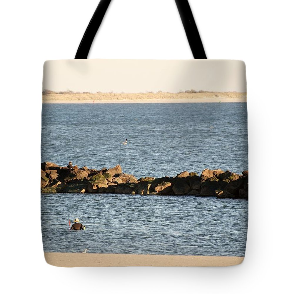Brooklyn Tote Bag featuring the photograph Diving Coney Island by Rob Hans