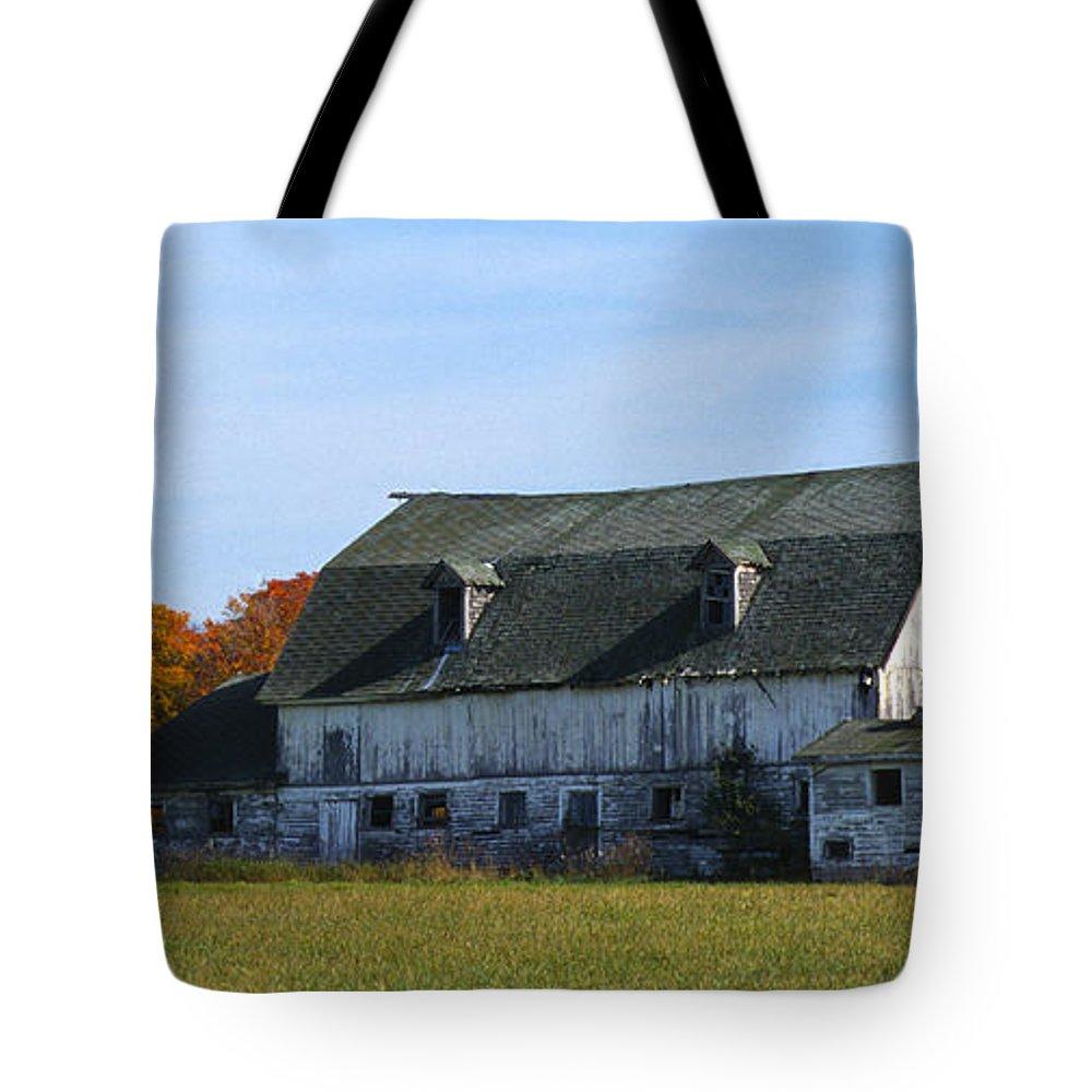 Bronstein Tote Bag featuring the photograph Door County Barn by Sandra Bronstein