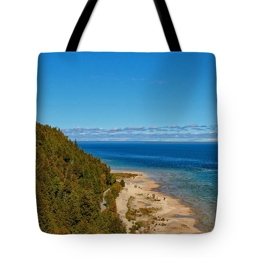 Due West Tote Bag featuring the photograph Due West by Rachel Cohen