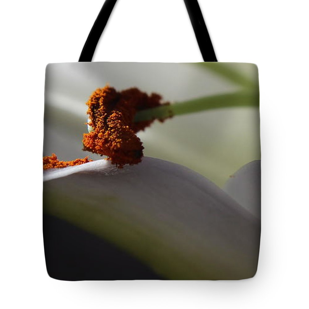 Floral Tote Bag featuring the photograph Easter Lily by Kume Bryant