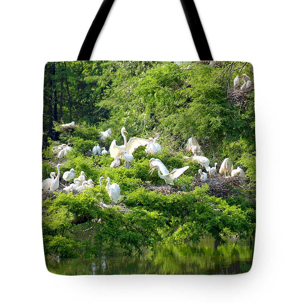 Egret Tote Bag featuring the photograph Egret Estuary by Suzanne Gaff