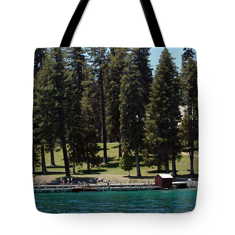 Usa Tote Bag featuring the photograph Ehrman Mansion Lake Tahoe by LeeAnn McLaneGoetz McLaneGoetzStudioLLCcom