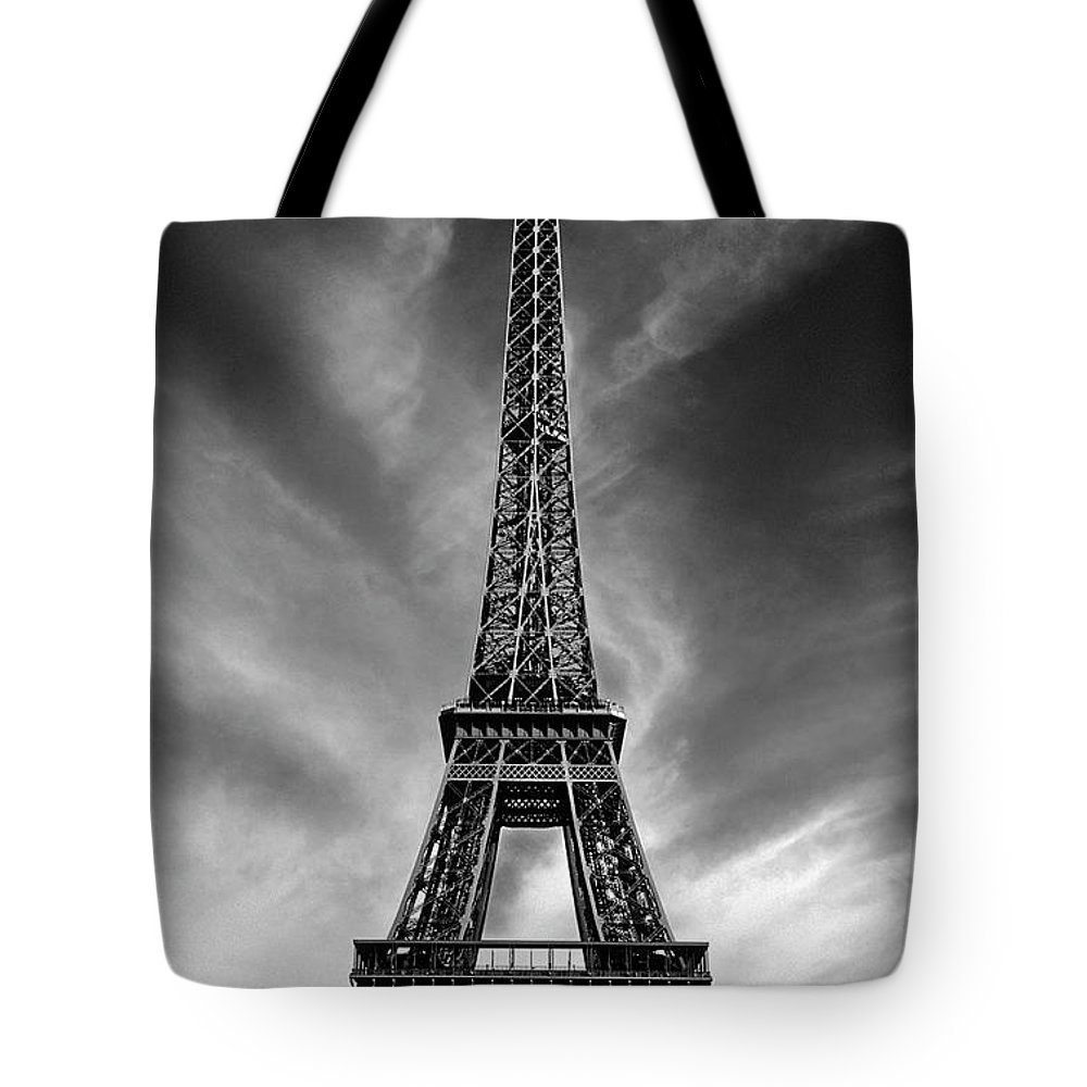 Paris Tote Bag featuring the photograph Eiffel Tower Paris France by Dave Mills