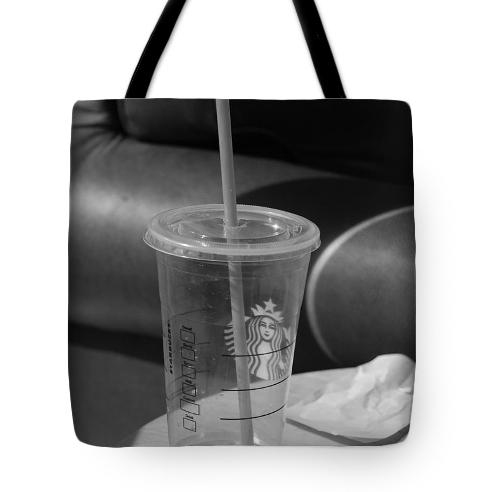 Black And White Tote Bag featuring the photograph Empty Starbucks by Rob Hans