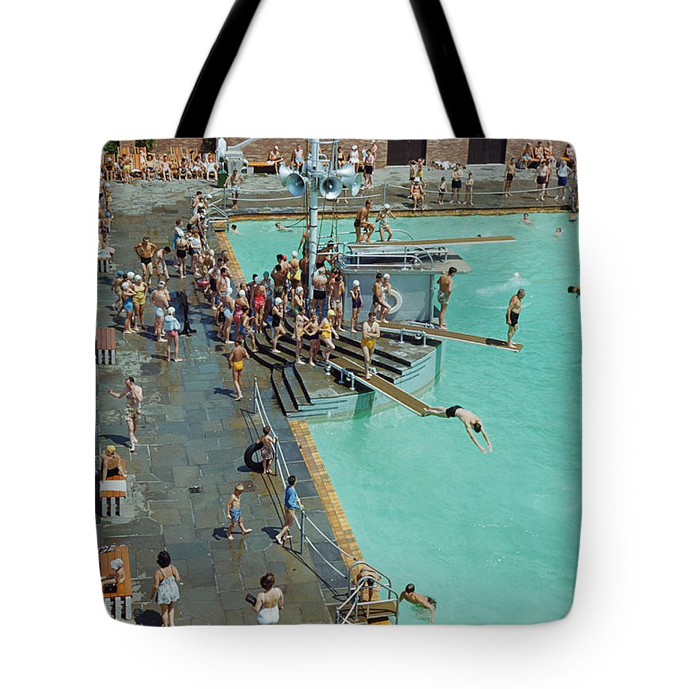 Day Tote Bag featuring the photograph Enjoying The Pool At Jones Beach State by B. Anthony Stewart