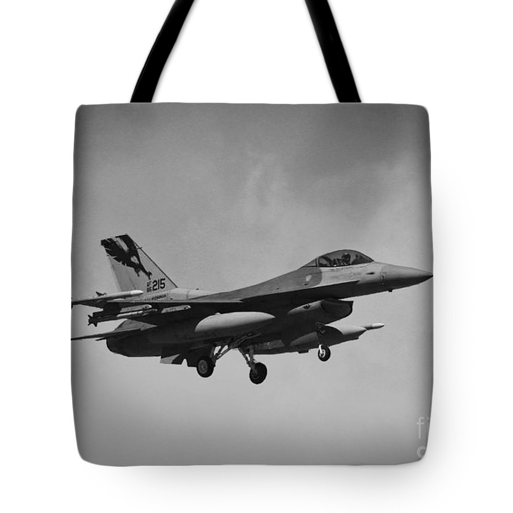 General Dynamics F-16c Tote Bag featuring the photograph F-16c by Tommy Anderson