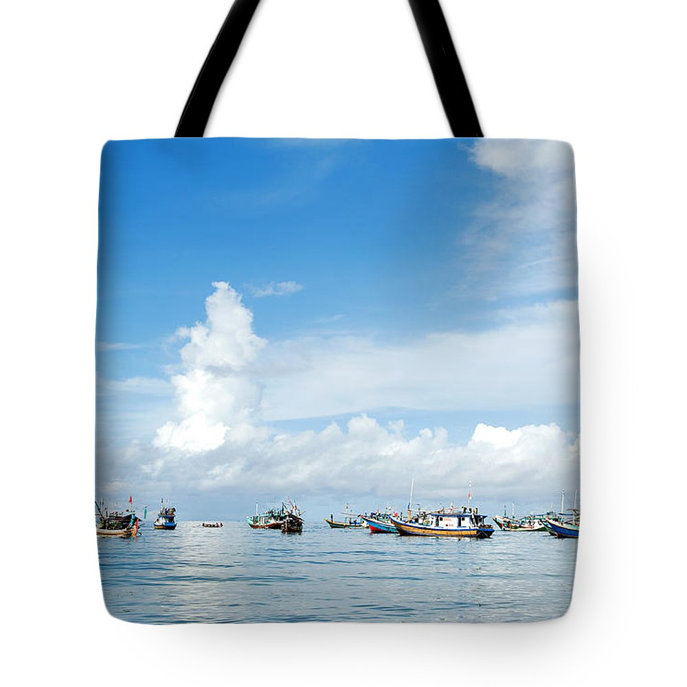 Bali Tote Bag featuring the photograph Fishing Boat by Yew Kwang