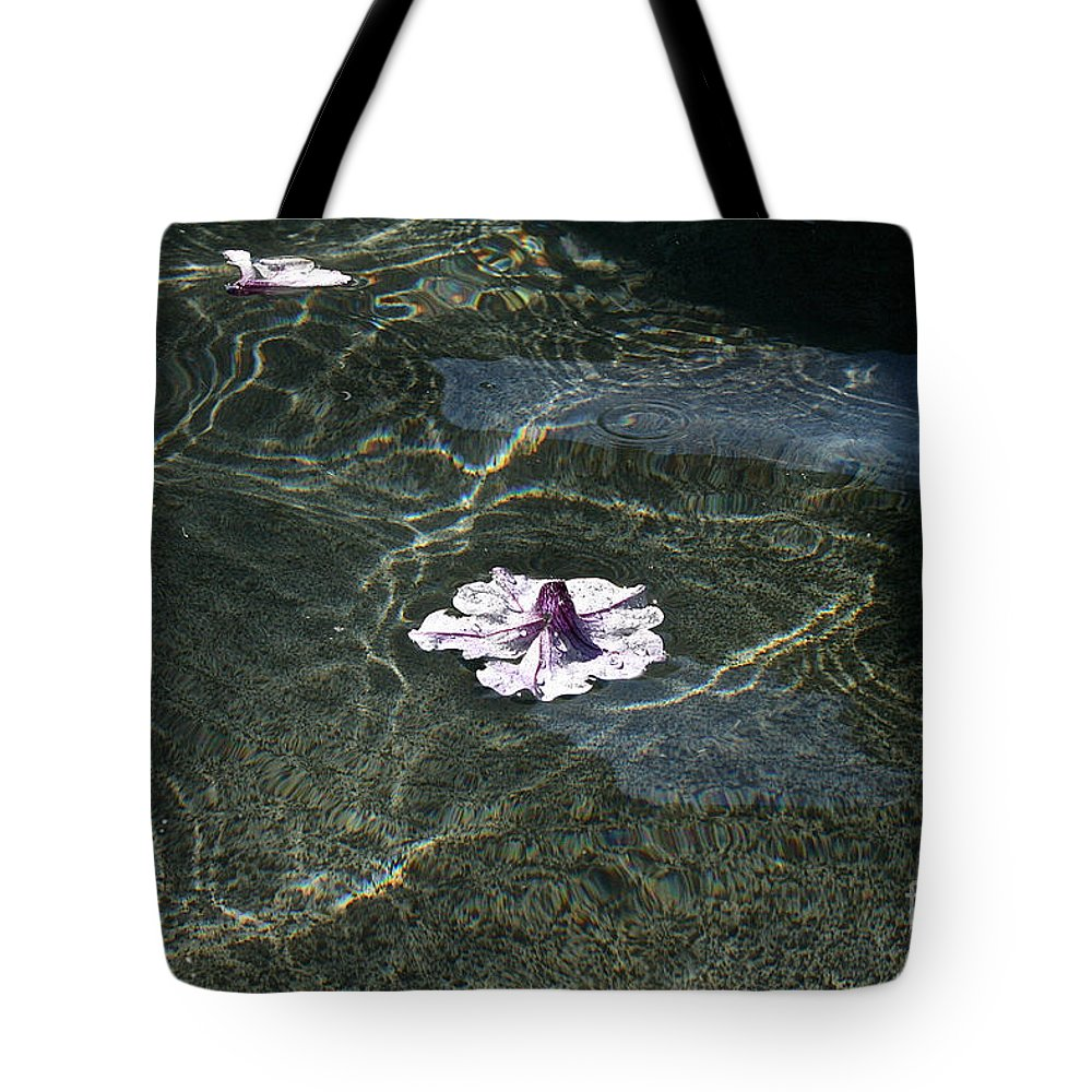 Flower Tote Bag featuring the photograph Floating On Reflections by Susan Herber