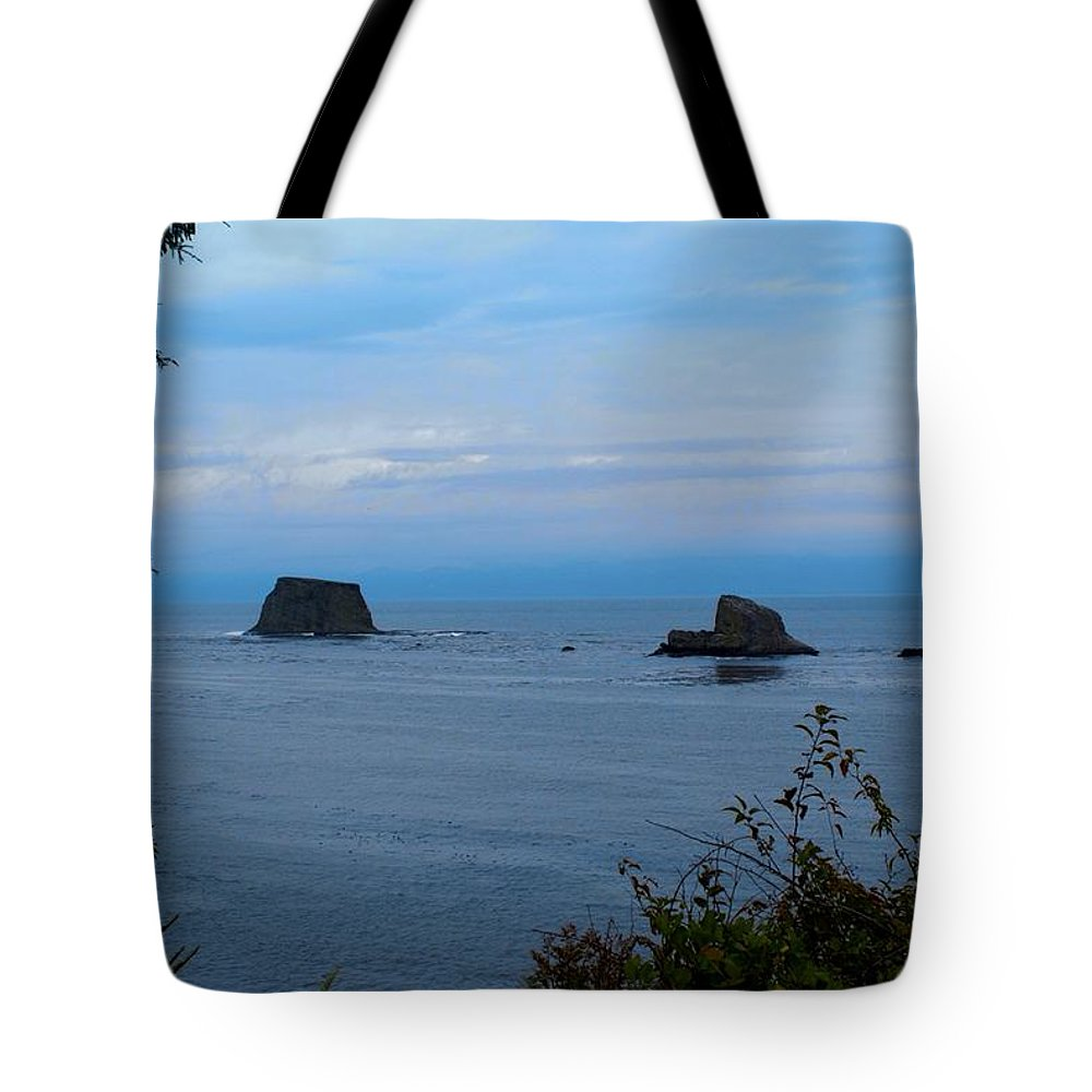 Beautiful Cape Flattery Tote Bag featuring the digital art Floating Rocks by Christy Leigh