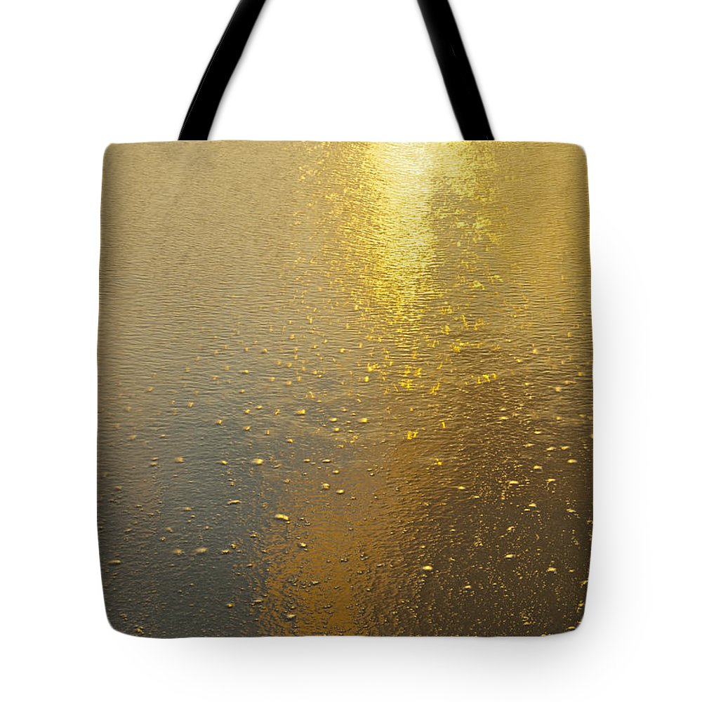 Abstract Tote Bag featuring the photograph Flowing Gold 7646 by Michael Peychich