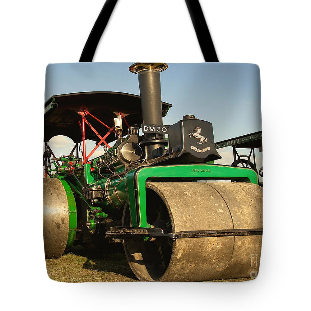 Fred Dibnah Tote Bag featuring the photograph Fred's Betsy by Rob Hawkins