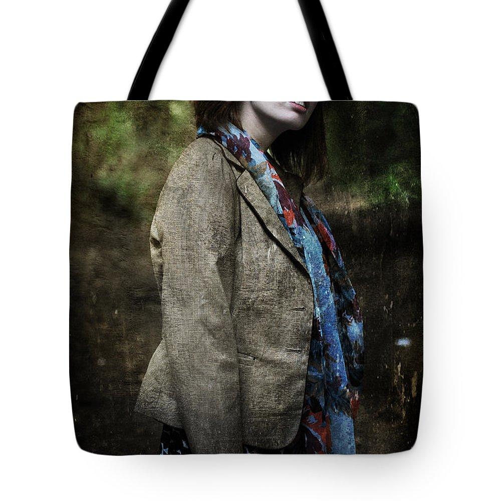 Yhun Suarez Tote Bag featuring the photograph G 3.0 by Yhun Suarez