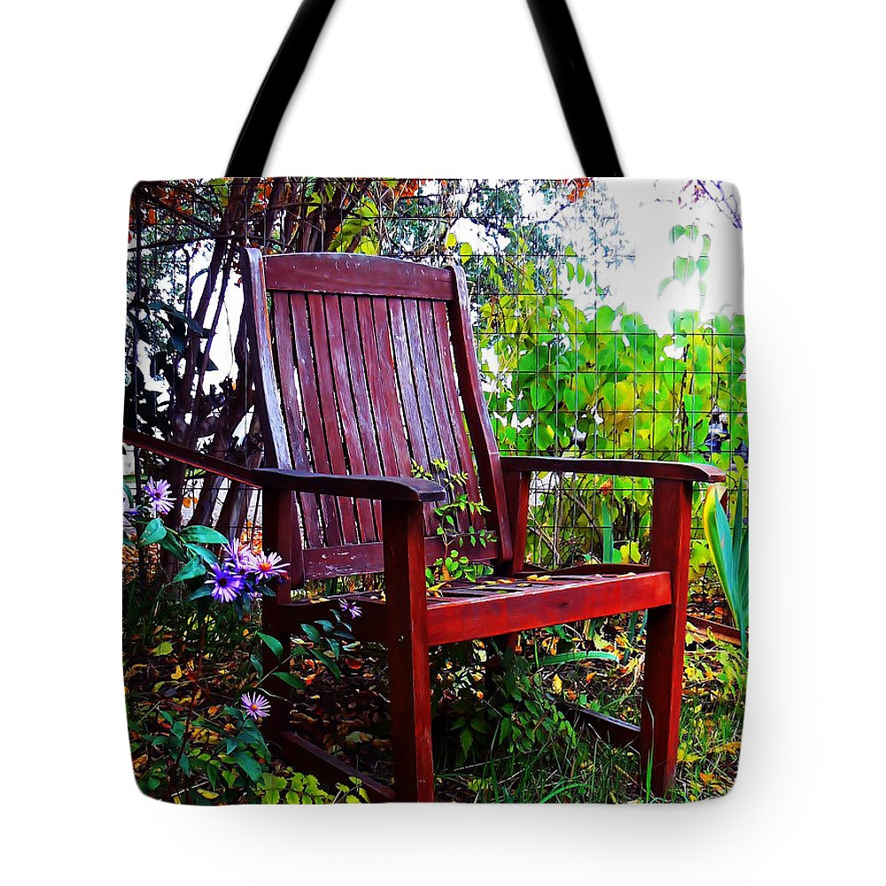 Chair Tote Bag featuring the photograph Garden Seating by Pamela Patch
