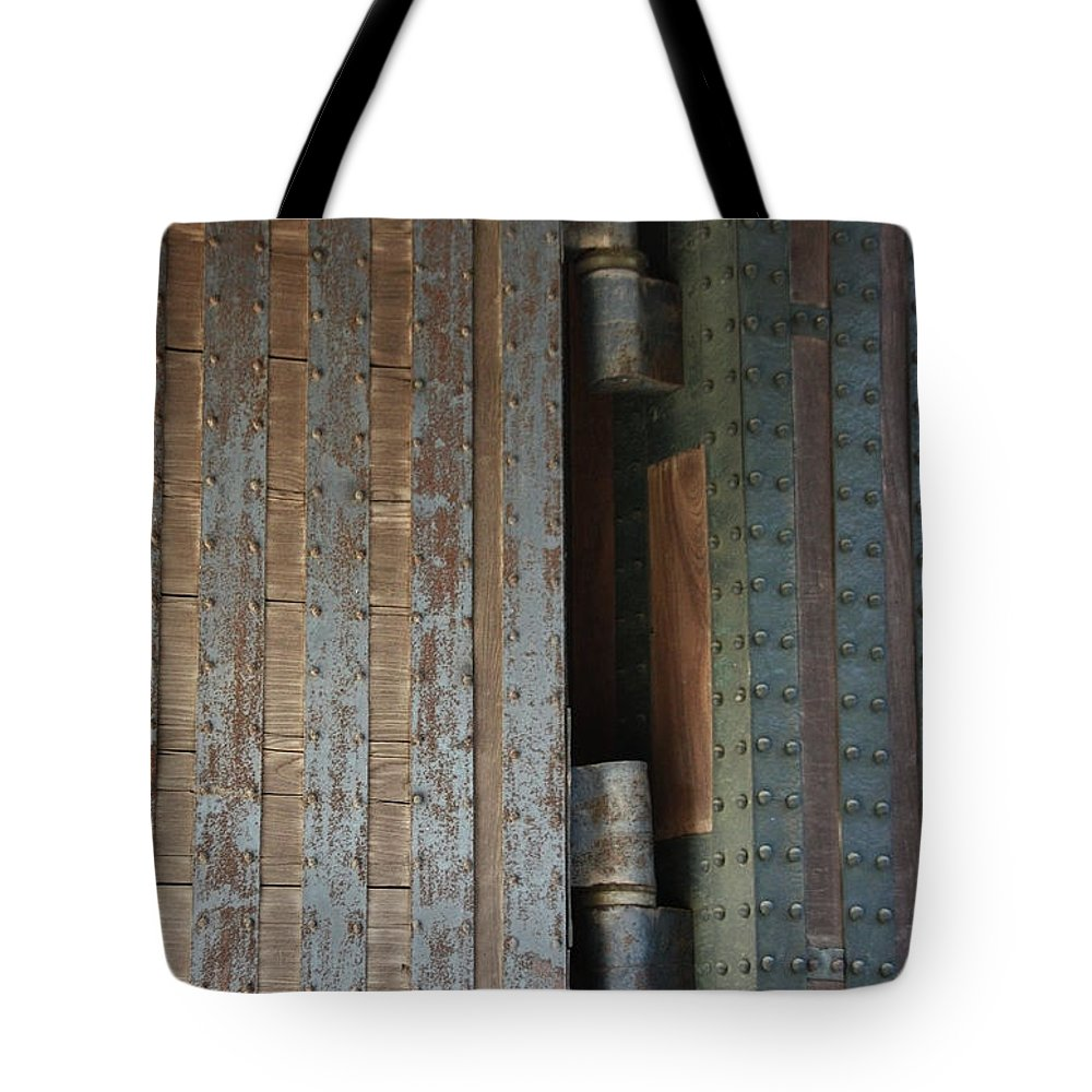 Tote Bag featuring the photograph Gates Of Imperial Palace by Eena Bo