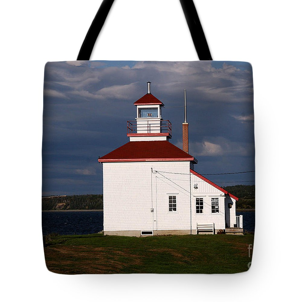 Gilbert Cove Lighthouse Tote Bag featuring the photograph Gilbert Cove Lighthouse by Brenda Giasson