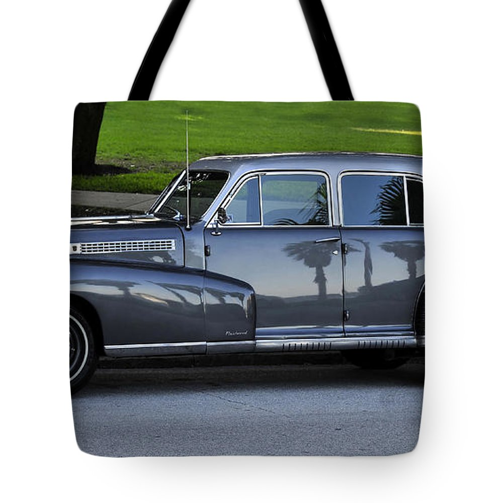 Fine Art Photography Tote Bag featuring the photograph Gray Ghost by David Lee Thompson