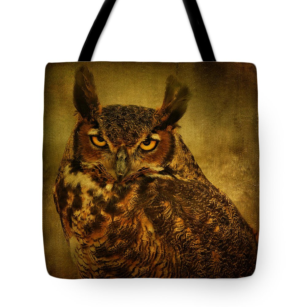 Bird Tote Bag featuring the photograph Great Horned Owl by Sandy Keeton