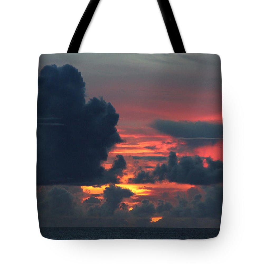 Jennifer Bright Art Tote Bag featuring the photograph Guamanian Sunset 1 by Jennifer Bright