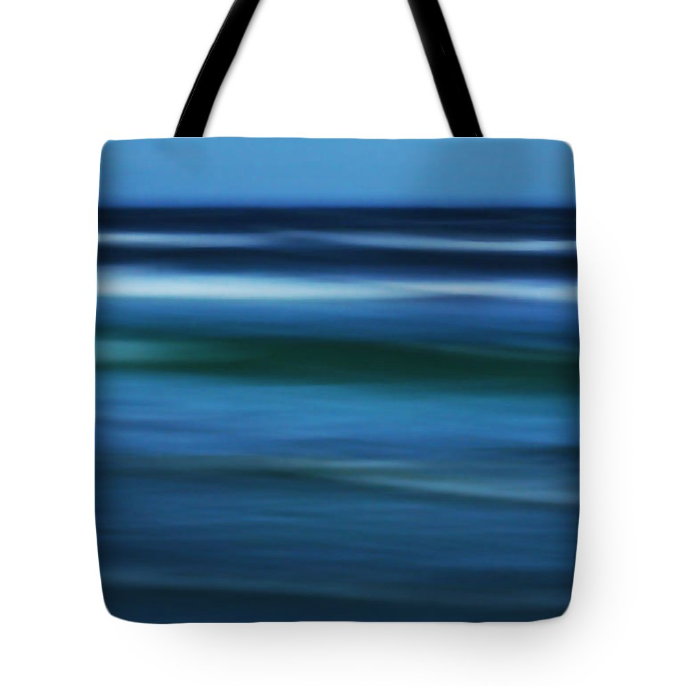 Corpus Christi Tote Bag featuring the photograph Gulf Of Mexico by Marilyn Hunt